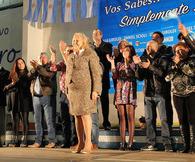 NOTICIA RELACIONADA: Fuerte apoyo a la candidatura de Stella Giroldi, que va en busca de una nueva reelección...